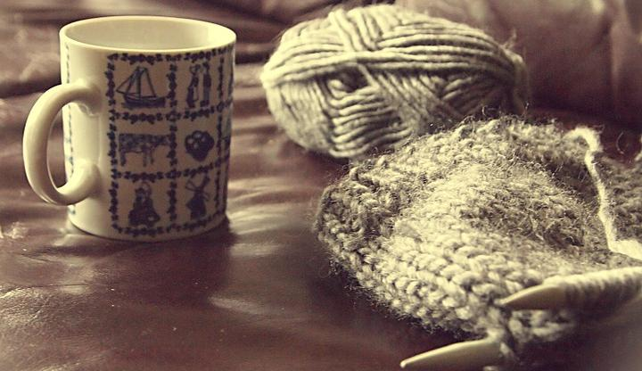 Wool-Knitting-Cup-Coffee-Cup-O